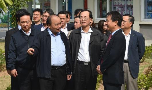 Thủ tướng đi thị sát tại Khu đô thị nhà ở xã hội Đặng Xá