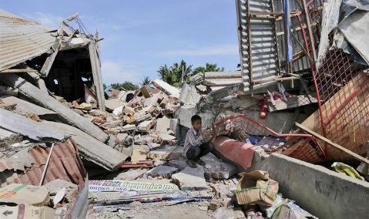 Hiện trường đổ nát sau động đất. Ảnh: Internet