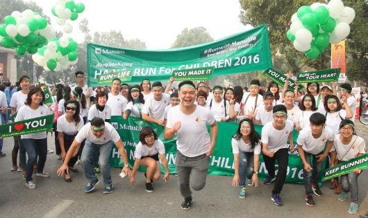 Gần 500 nhân viên Manulife dẫn đầu Cuộc chạy vì trẻ em Hà Nội