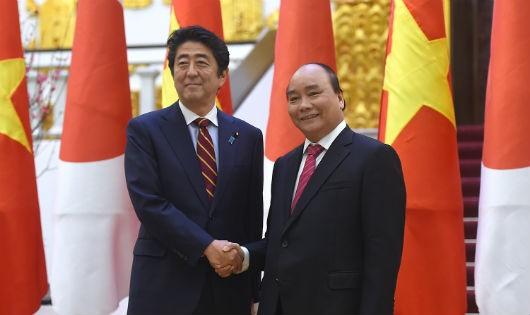 Thủ tướng Nguyễn Xuân Phúc và Thủ tướng Nhật Bản Shinzo Abe