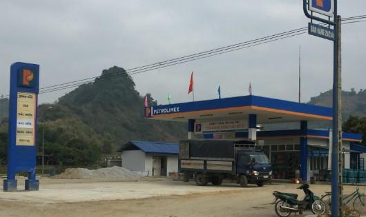Cửa hàng Xăng dầu số 37 của Cty Xăng dầu Phú Thọ hoạt động bất chấp quy định của Bộ Giao thông Vận tải