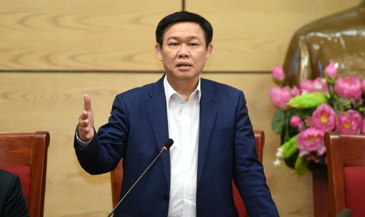 Phó Thủ tướng yêu cầu các bộ, ngành, đơn vị liên quan sớm hoàn thiện phương án xử lý các doanh nghiệp, dự án, nhà máy yếu kém. Ảnh: VGP/Quang Hiếu