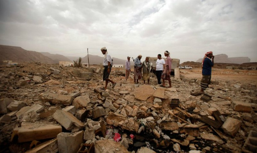 Hiện trường đổ nát sau một đợt không kích bằng máy bay không người lái của Mỹ ở Yemen. Ảnh: NYT