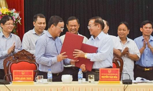 Đại diện EVN và UBND tỉnh Kon Tum ký Biên bản ghi nhớ về việc phối hợp triển khai Dự án đường dây 500kV mạch 3