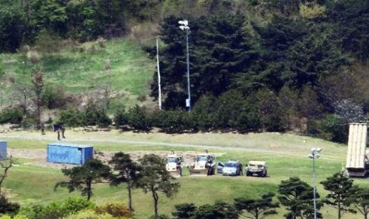 Tổng thống Hàn Quốc ra lệnh điều tra vụ triển khai 'lậu' 4 bệ phóng tên lửa THAAD
