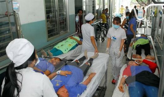 Lâm Đồng: Gần 30 du khách Myanmar nhập viên nghi ngộ độc thực phẩm