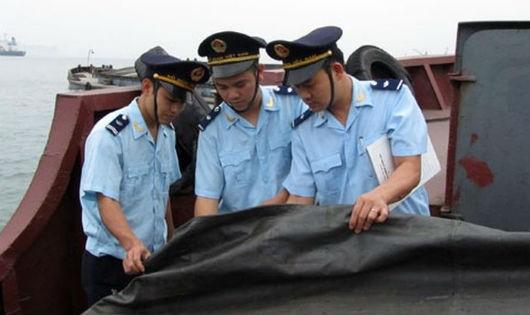 Hải quan Quảng Ninh nỗ lực chống buôn lậu khoáng sản
