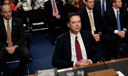 Cựu Giám đốc FBI 'chia rẽ' nước Mỹ
