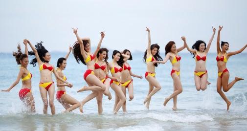 Sự kiện được trông đợi nhất mùa hè này: Bikini Vietjet đốt cháy bãi biển Đà Nẵng