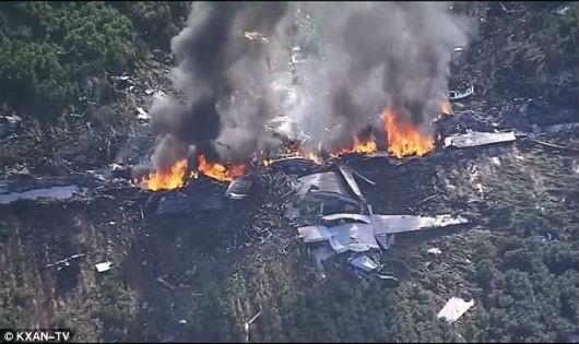Rơi máy bay quân sự ở Mỹ, ít nhất 16 người thiệt mạng