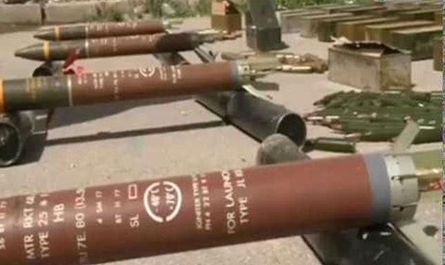 Một số vũ khí, đạn dược vận chuyển cho IS bị phát hiện, bắt giữ.