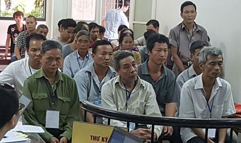 """Vụ """"cán bộ thôn bán đất"""" tại Thường Tín: Lãnh đạo xã có """"vô can""""?"""