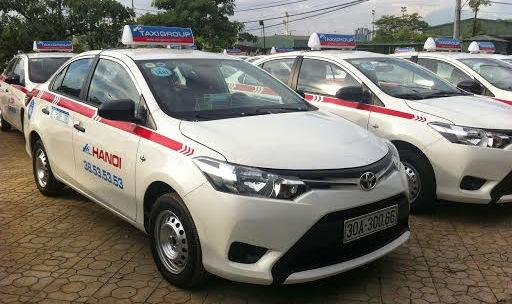 """Quản lý kinh doanh taxi ở Hà Nội: Mô hình... """"lá lành đùm lá rách""""?!"""