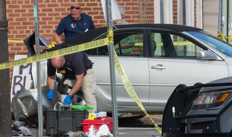 FBI vào cuộc điều tra vụ đâm xe chết người ở Charlottesville