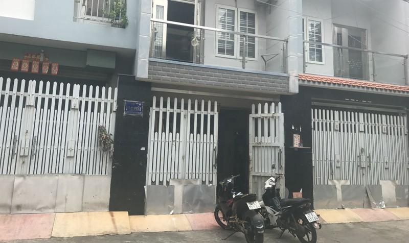 Quận 11, TP Hồ Chí Minh: Dân bị bệnh đường hô hấp do hít khí thải có hóa chất?