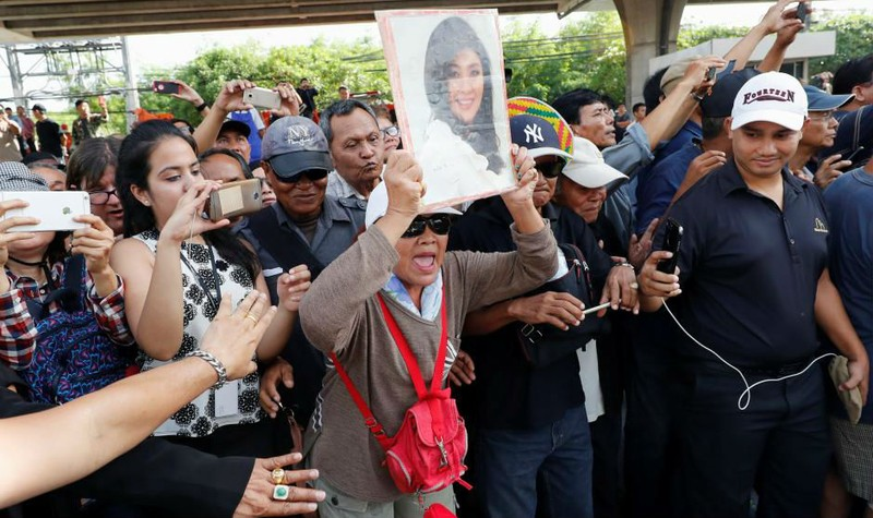 Cựu Thủ tướng Thái Lan Yingluck đã trốn ra nước ngoài?
