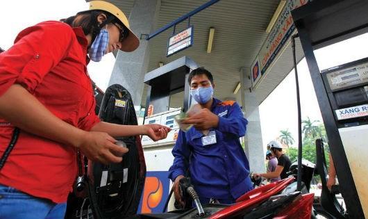 Quỹ bình ổn giá xăng dầu dư gần 4.000 tỷ đồng