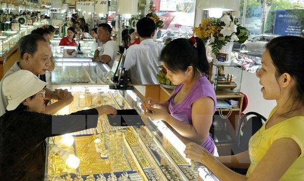 Giao dịch vàng tại Thành phố Hồ Chí Minh. (Nguồn: TTXVN)