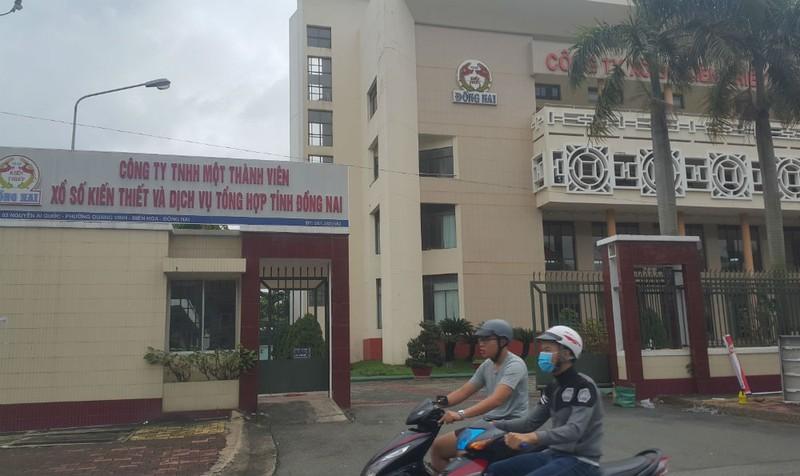 """""""Sai phạm tại Cty XSKT Đồng Nai"""": Ưu ái lãnh đạo từ mồ hôi của người lao động"""