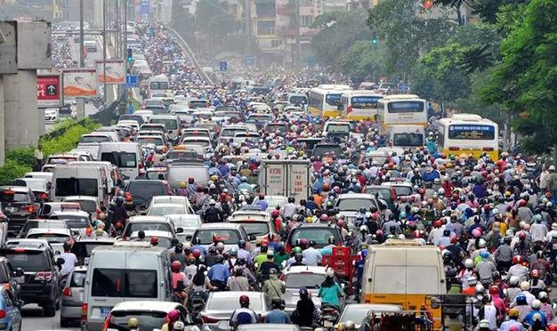 Hà Nội và TPHCM đang chịu áp lực lớn về quá tải các phương tiện giao thông