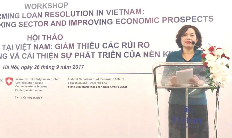 Phó Thống đốc Nguyễn Thị Hồng phát biểu tại hội thảo