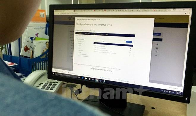 Một số địa phương đã cung cấp nhiều dịch vụ công trực tuyến, giúp người dân dễ dàng tiếp cận. (Ảnh: Vietnam+)