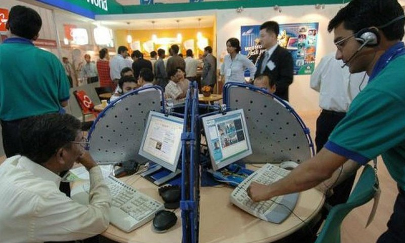 Ấn Độ đang ghi nhận sự phát triển nhanh chóng với tốc độ tăng 100 triệu người dùng Internet mỗi năm