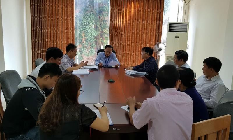 Đại diện các hộ dân đề nghị UBND tỉnh Phú Thọ xem xét nguyện vọng chính đáng của họ tại Ban tiếp công dân tỉnh Phú Thọ ngày 1/11