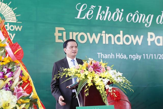 Ông Ngô Văn Tuấn – Phó Chủ tịch UBND tỉnh Thanh Hóa phát biểu tại buổi lễ khởi công dự án.