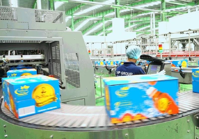 Tập đoàn sản xuất đồ uống tư nhân đang trở lại thị trường hết sức ấn tượng gần đây là Tập đoàn Tân Hiệp Phát đứng thứ 5 Bảng xếp hạng top 10 chỉ ngay sau người khổng lồ Habeco