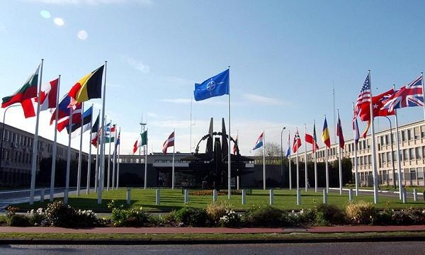 NATO cảnh báo thách thức gia tăng từ Trung Quốc, Nga