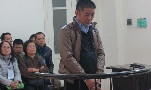 Nguyên cán bộ địa chính phường ngồi tù vì nhận hối lộ tiền tỷ