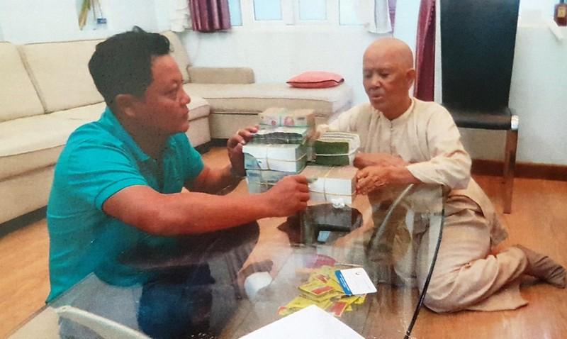 Ông Trần Văn Vân nhiều lần nhận tiền của bà Sự  từ các hợp đồng bán khu đất 9.793m2