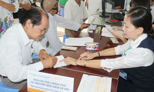 Tuổi thọ của người Việt Nam ngày càng gia tăng cũng có nghĩa là thời gian hưởng lương hưu dài hơn trước (Ảnh minh họa)