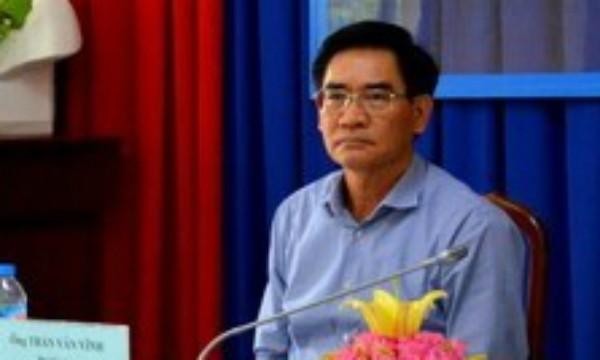 Phó chủ tịch UBND tỉnh Trần Văn Vĩnh tại hội nghị