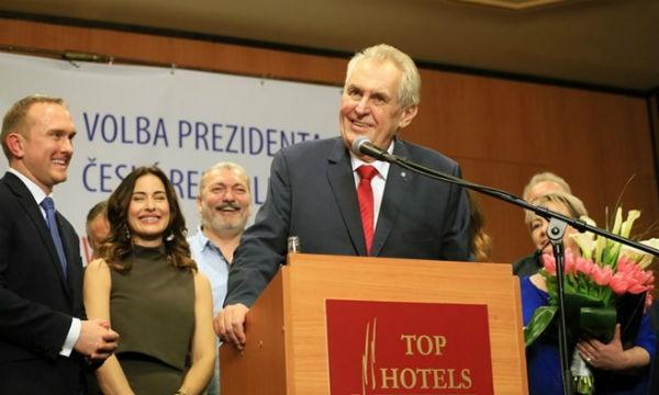 Tổng thống CH Séc Milos Zeman họp báo tại Prague sau khi tái đắc cử trong cuộc bầu cử Tổng thống vòng hai