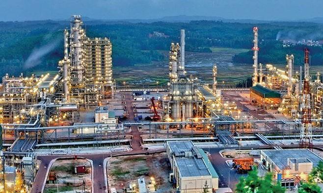 Nhà máy Lọc dầu Dung Quất. (Ảnh: HNX)