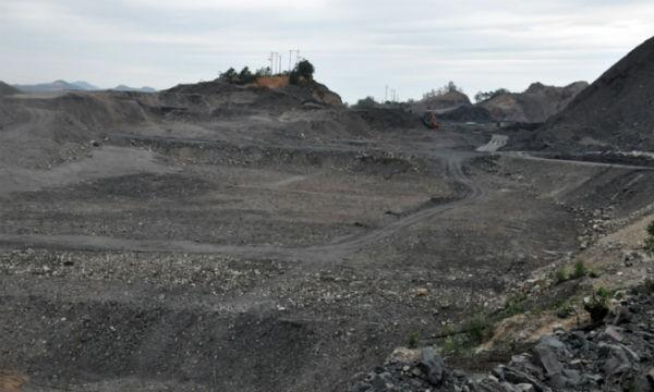 Diện tích đất Cty TNHH MTV 397 sử dụng ngoài ranh giới được thuê khoảng 53ha tại khu vực mỏ Nam Tràng Bạch