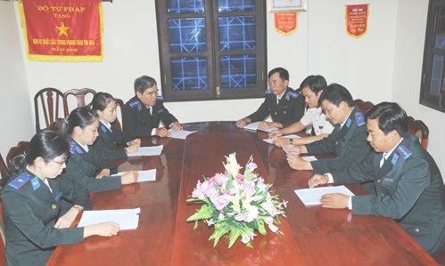 Một cuộc họp của Chi cục THADS Thạnh Phú