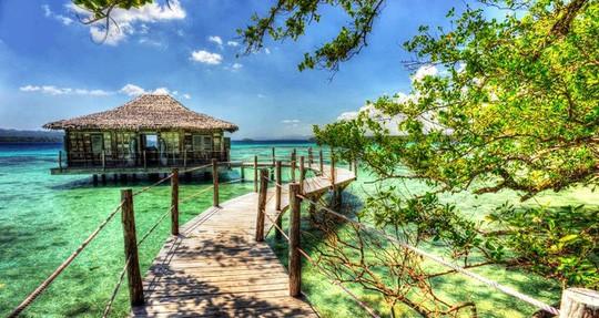 Một khu nghỉ dưỡng ở Vanuatu. Ảnh: HM.com.au/NLĐ