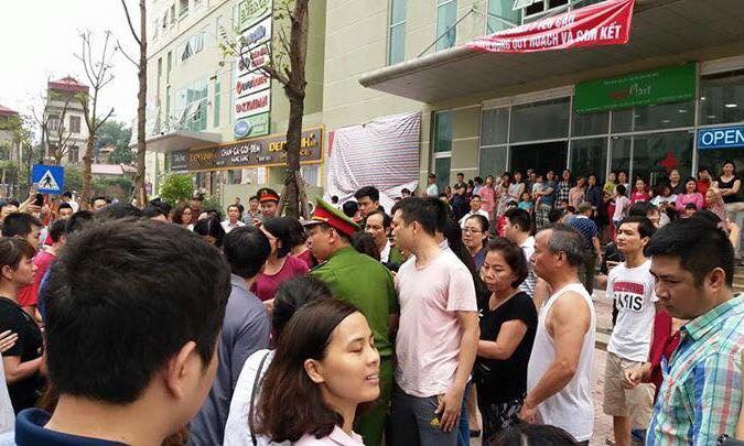 Chính quyền phải huy động lực lượng để đảm bảo trật tự tại khu vực giáp danh hai khu chung cư