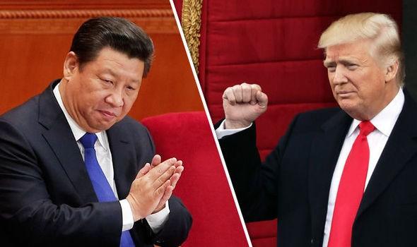 Chủ tịch Trung Quốc Tập Cận Bình (trái) và Tổng thống Mỹ Donald Trump