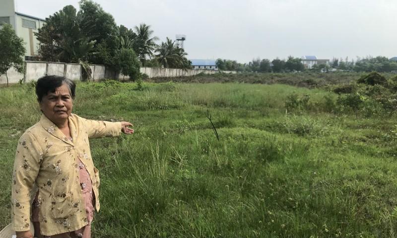 Long An: Gia đình chính sách có công cải tạo đồng bưng bị mất đất vô lý