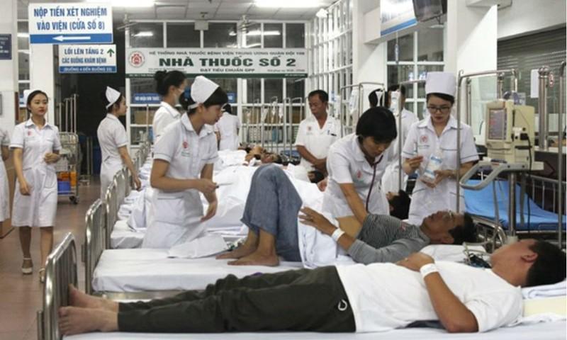 Bệnh viện Trung ương Quân đội 108 lập khu điều trị dã chiến sốt xuất huyết vào tháng 8/2017