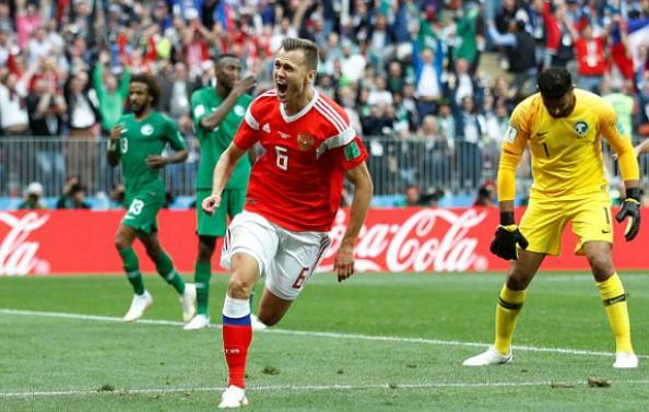 Cheryshev trở thành cầu thủ đầu tiên ghi cú đúp tại World Cup 2018. Ảnh: Reuters
