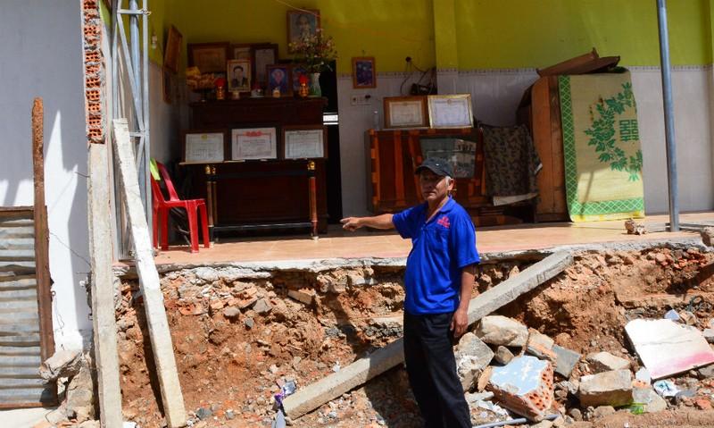 Một phần căn nhà của ông Hạnh đã bị cưỡng chế, tháo dỡ