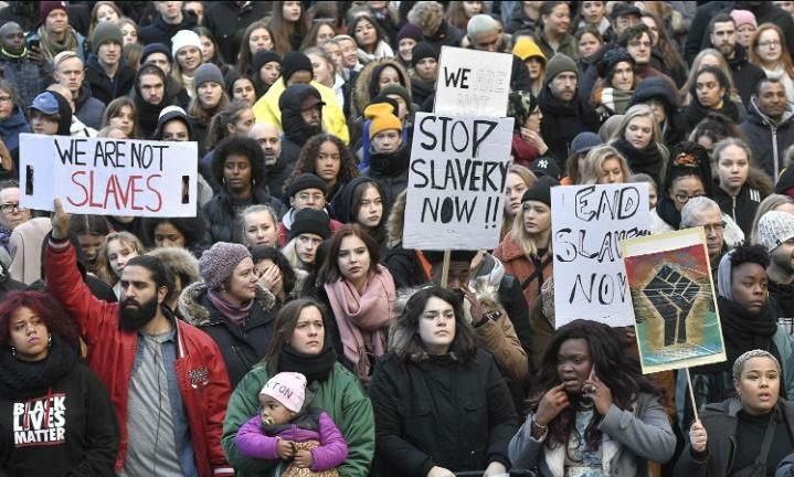 Biểu tình chống kỳ thị nô lệ hiện đại tại Stockholm (Thụy Điển)