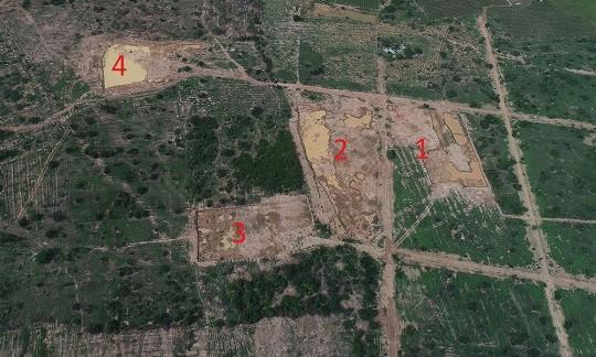 Khu vực khai thác có ít nhất 4 vị trí tuy nhiên đoàn kiểm tra chỉ phát hiện 2 vị trí (1 và 2)