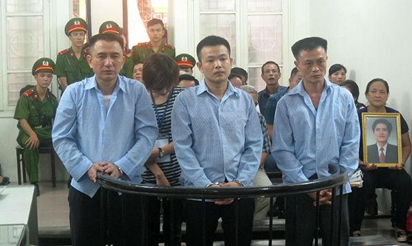 Các bị cáo trong phiên xét xử sơ thẩm