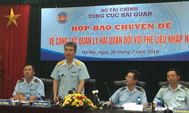 Phó Tổng cục trưởng Tổng cục Hải quan Mai Xuân Thành chủ trì Hội nghị